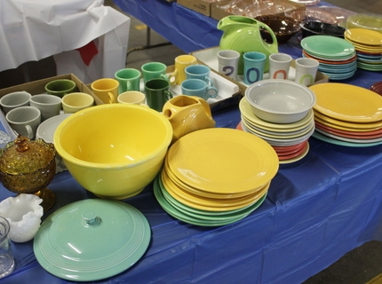 Shipshewana Auction-Antique-FiestaWare Dishes