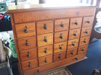 Shipshewana Auction-Antique-Jessen & Roseburg