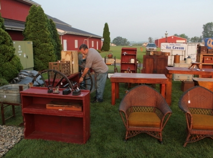 Shipshewana antique market, shipshewna outdoor sales