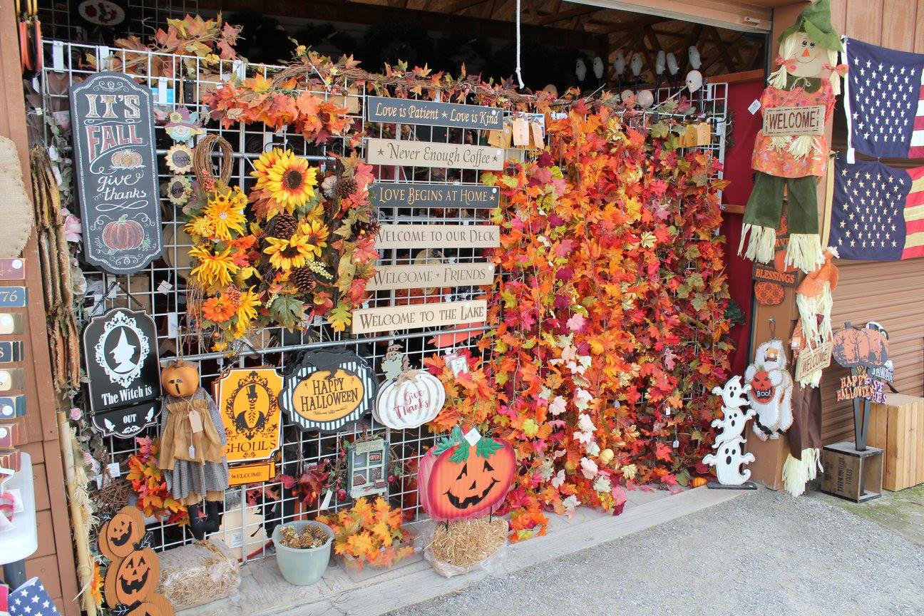 Fall decorations at shipshewana flea market in Indiana